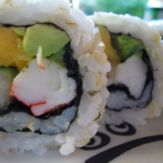 Sushi: Mango California Roll